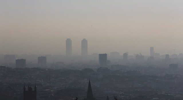 Reunió del Pacte per la Mobilitat per informar sobre el impacte de la contaminació a la ciutat i les mesures a adoptar