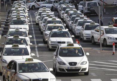 El Sector del taxi pierde al año más de 50.000.000 euros por el intrusismo