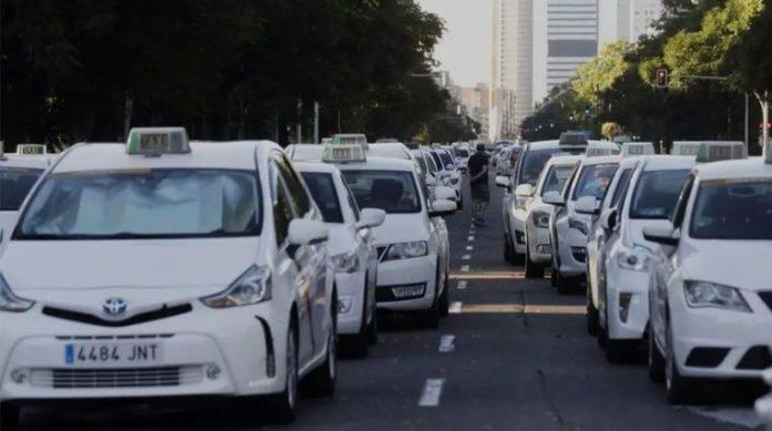 El taxi reclama prorrogar los ERTEs hasta diciembre