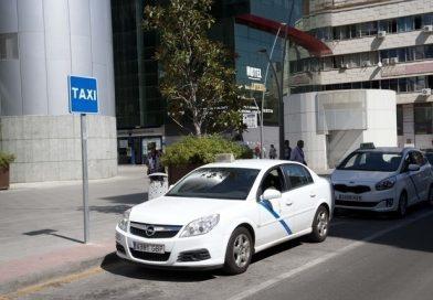 El taxi de Toledo suma a la caída de servicios la restricción del 50%