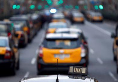 Las asociaciones del taxi del AMB presentan las reclamaciones administrativas ante Generalitat y AMB