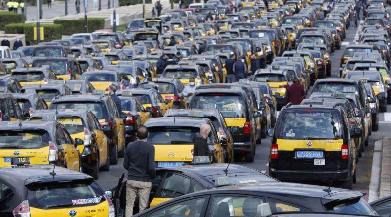 Associacions del taxi AMB proposaran a l'IMET una regulació per l'agost