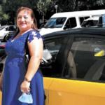 ENTREVISTA. Emely Azañero, 15 años en el taxi