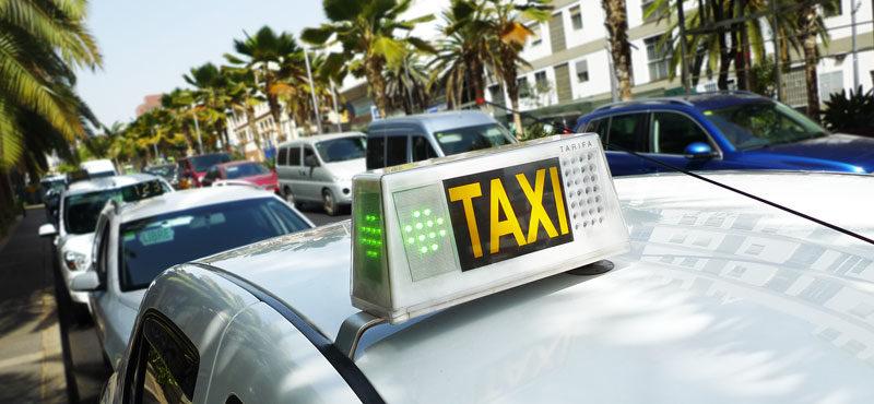 Más de 140.000 euros para poner cámaras y mamparas de seguridad en los taxis de Santa Cruz de Tenerife